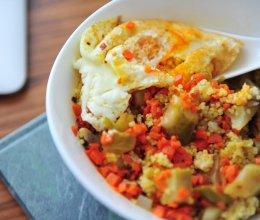 土豆蘑菇榨菜小米饭的做法