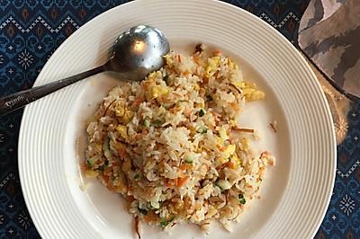 96菠萝海鲜咖喱炒饭