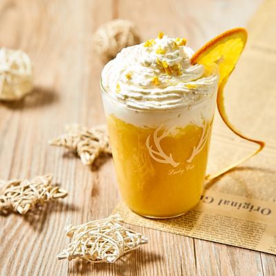 享受每一口~雪顶养乐多芒果汁