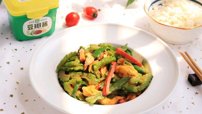 #一勺葱伴侣,成就招牌美味# 夏日下饭菜鸡蛋炒苦瓜的做法