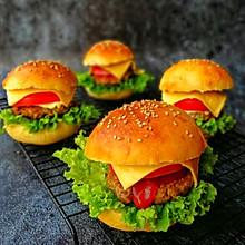 #带着美食去踏青#黑椒牛肉汉堡