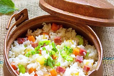 东巴铜锅焖饭