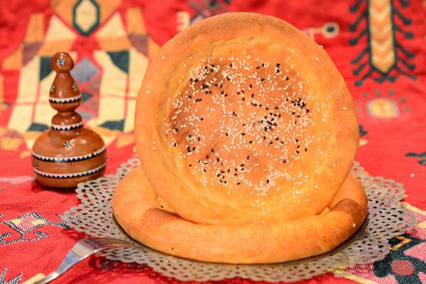 新疆媳妇的烤馕-油馕(托喀其)的做法