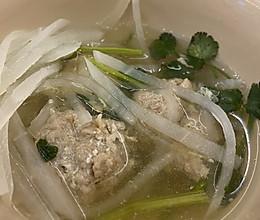 牛肉丸子萝卜汤的做法