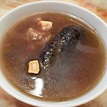 粤式靓汤之花胶海参炖瘦肉