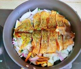 干锅鲈鱼的做法