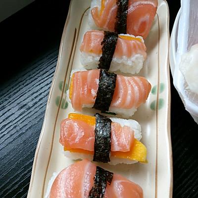 芒果三文鱼寿司