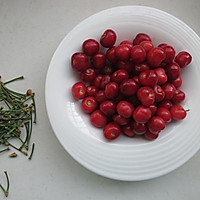 银耳炖樱桃的做法图解6