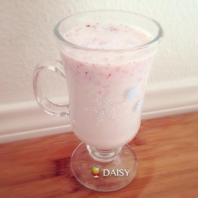 【❤喝】草莓香蕉奶昔