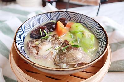 鲈鱼丝瓜浓汤(一鱼两吃之二)