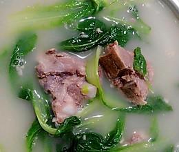 小白菜排骨汤的做法