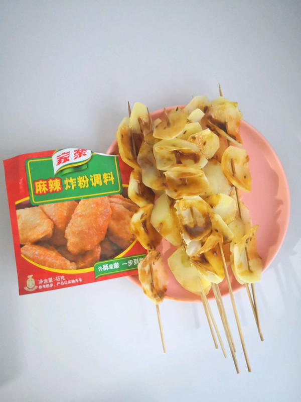 家乐麻辣炸粉调料~烤薯片的做法
