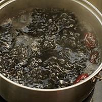 红糖红枣黑米粥的做法图解2