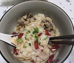 湖南米粉——骨头汤粉的做法