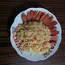 炒方便面(西红柿鸡蛋版)