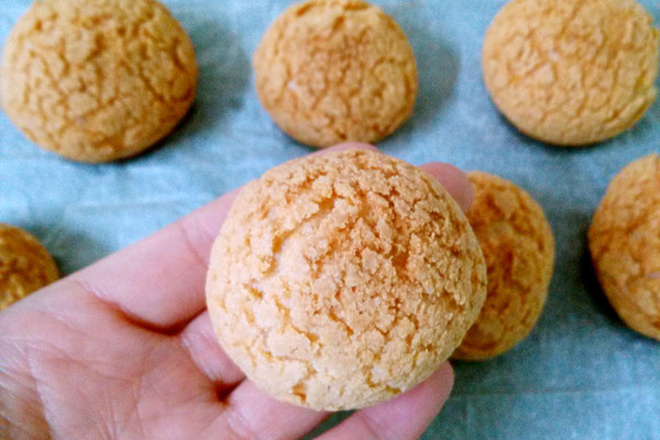 脆皮菠萝泡芙的做法
