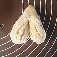 心形椰蓉面包#520,美食撩动TA的心!#的做法图解11
