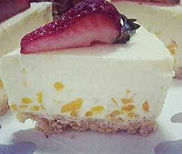 草莓酸奶冻芝士(大果粒看得见)的做法