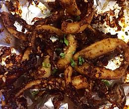 【懒人的烤箱零食谱】香辣烧烤鱿鱼须的做法