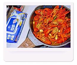 蒜泥龙虾&十三香龙虾#厨房有维达洁净超省心#的做法