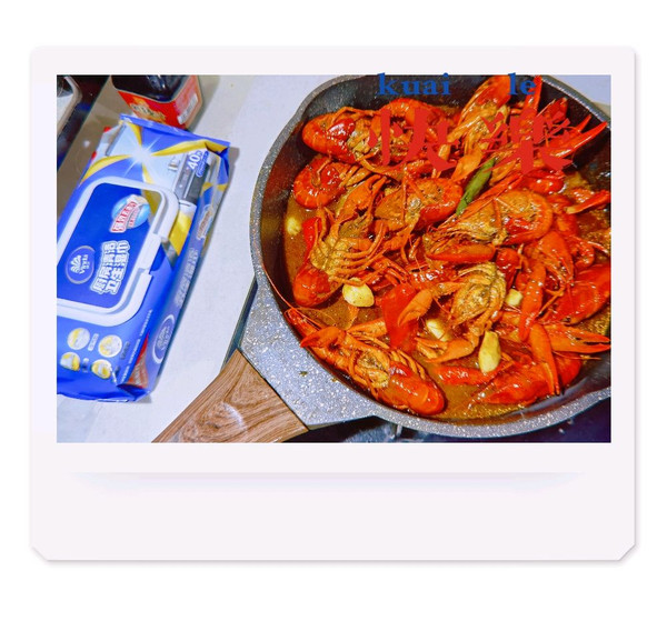 蒜泥龙虾&十三香龙虾的做法