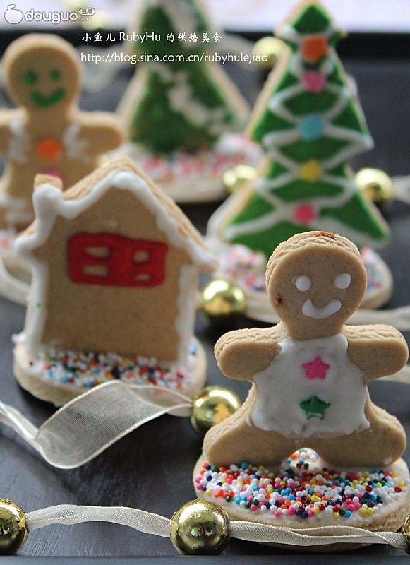 既能添加圣诞节气氛,又能做为小摆设的 --- 圣诞姜饼(站立版)的做法