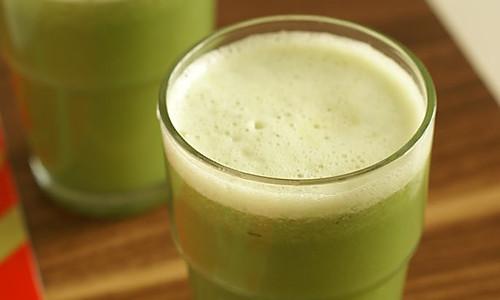 黄瓜芹菜苹果汁的做法