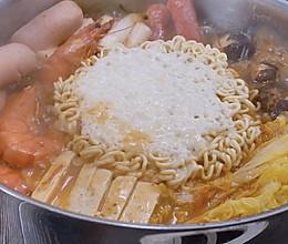 韩式部队火锅 冬日治愈美味的做法