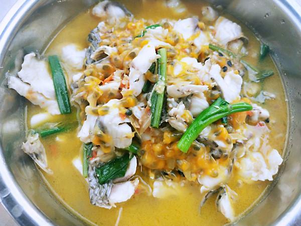 百香果煮鱼