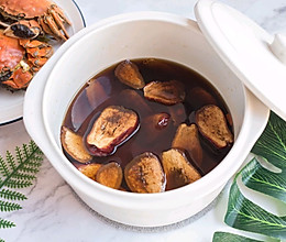 吃螃蟹就应该来一杯暖暖的热黄酒啊的做法