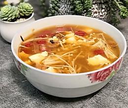 嫩豆腐金针菇汤的做法