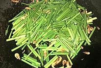 韭菜苔炒海米的做法