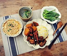 #下饭红烧菜#土豆烧排骨,焖一晚上更入味儿的做法