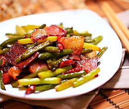 蒜苔炒腊肉—迷迭香的做法