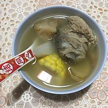 猴头菇玉米山药排骨汤