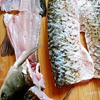 飘香酸菜鱼的做法图解1
