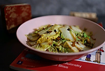 #新春美味菜肴#老干妈辣椒酱炒白菜的做法