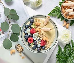 春季谷物牛油果水果奶昔的做法