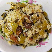 五花肉酸菜焖饭