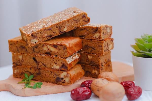 红枣核桃糕 | 养生达人必备甜点,浓浓枣香味,比阿胶糕还好吃