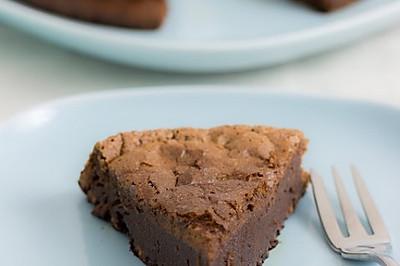 簡易☆懶人食譜。甜蜜蜜?絕對沒面粉~榛子可可(巧克力)蛋糕