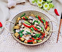 #一道菜表白豆果美食#鲳鱼烧冻豆腐的做法