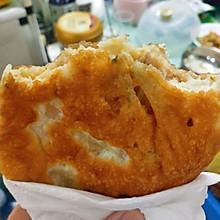 不用揉面就能做的超级松软酥脆的莲藕马蹄猪肉煎饼