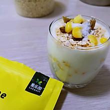 #爱乐甜夏日轻脂甜蜜#甜的无负担~玉米燕麦酸奶杯