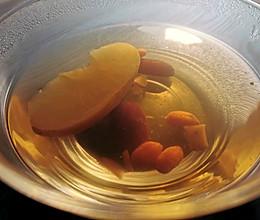 刷油减脂苹果红枣枸杞汤的做法
