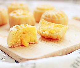 流心奶黄月饼(15个50g)的做法