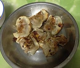 煎速冻饺子的做法