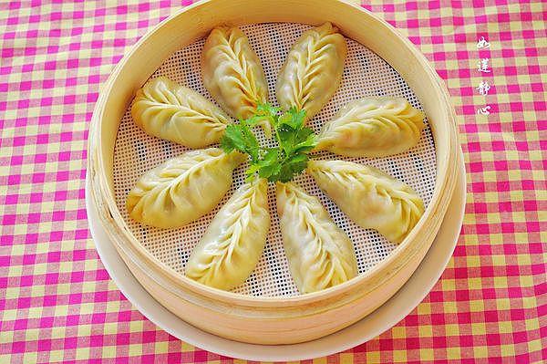 榨菜胡萝卜蒸饺——乌江榨菜