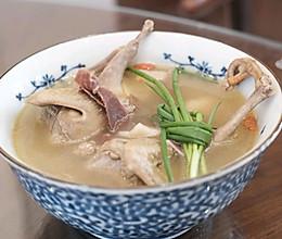 味道甚佳的鸽子汤的做法