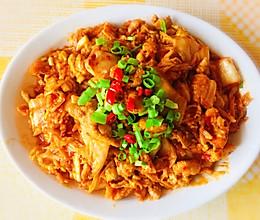 下饭菜「辣白菜炒肉」的做法